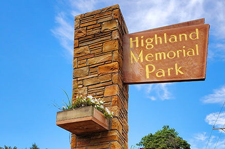 Highland memorial park sign